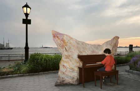 «Play Me. I'm Yours!» Нью-Йорк. США